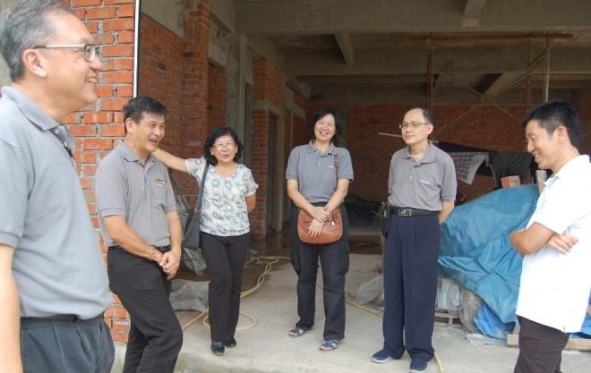 Nalanda members visiting the NEO Centre under construction in Sungai Petani.