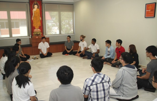 In his talk, Nalanda founder Bro. Tan explained the aspects of wisdom, integrity and compassion in effective leadership.
