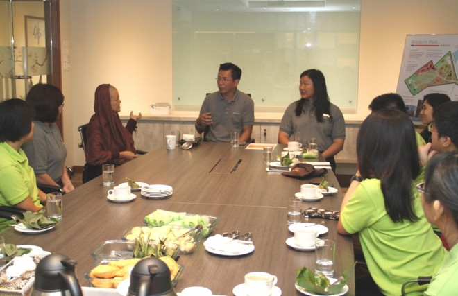 A friendly discussion and an opportunity to exchange ideas.