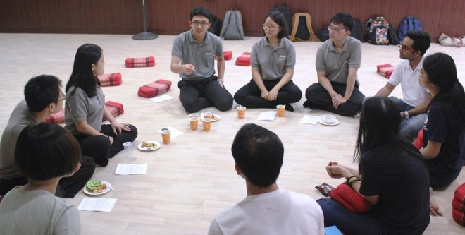 Our youths having a discussion with their counterparts in Buddhist Fellowship Singapore.