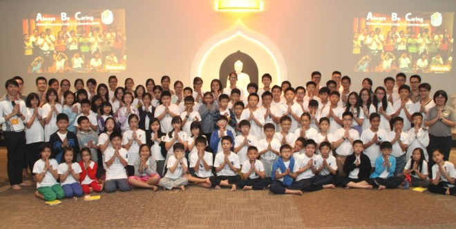 Group photograph of Dhamma School teachers, senior students and camp participants.