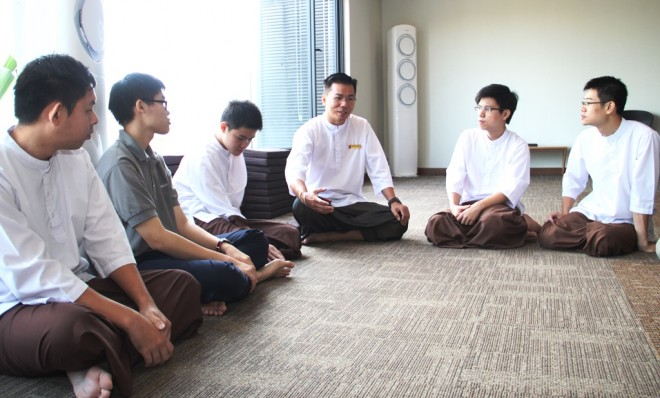Particpants were divided into small groups and asked to discussed what they understood about 'joy' and 'wisdom'.