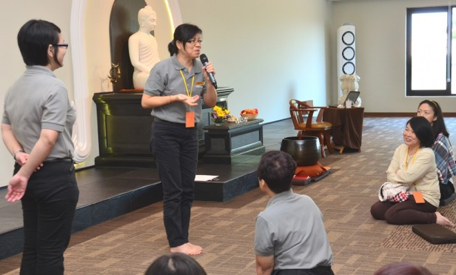 Sis. May sharing her joyful 'Nalandian experience' with the participants.