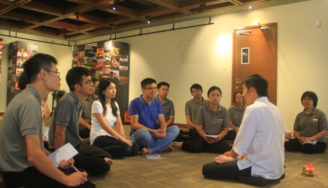 Bro. Tan in a sharing session with Dhamma School facilitators.