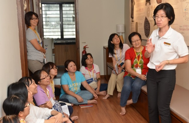 Sis. Sandy sharing the history of Buddhism in Malaysia.