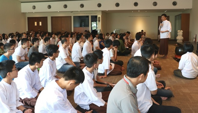 Bro. Tan giving a Dhamma talk on the meaning and spirit of Sāmaggī.