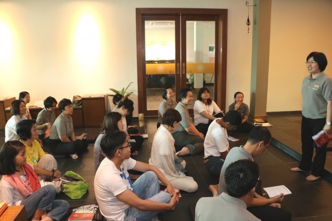 Sis. Sunanda reminding us to put the Dhamma first on our list of priorities.