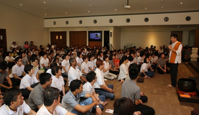 Bro.Tan urged everyone to master the basic doctrines well and to discuss Dhamma periodically with wise teachers.