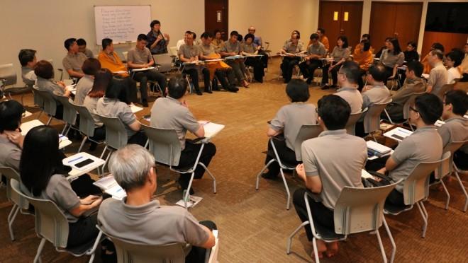 Nalandian 'town hall' meeting.