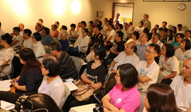 The audience at Dr. Basanta's lecture.