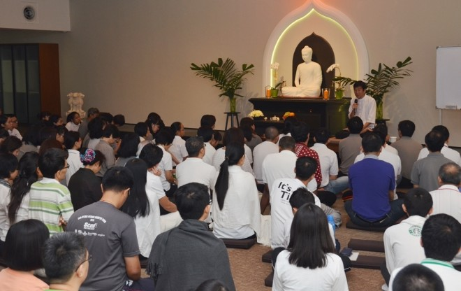 Bro. Tan giving a profound Dhamma teaching on why it is important to associate with wise and noble persons.