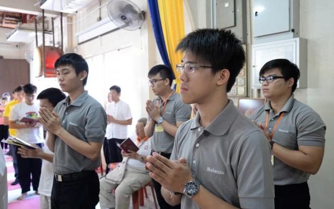 Nalandian youths at Seck Kia Eenh Temple Sunday Service.