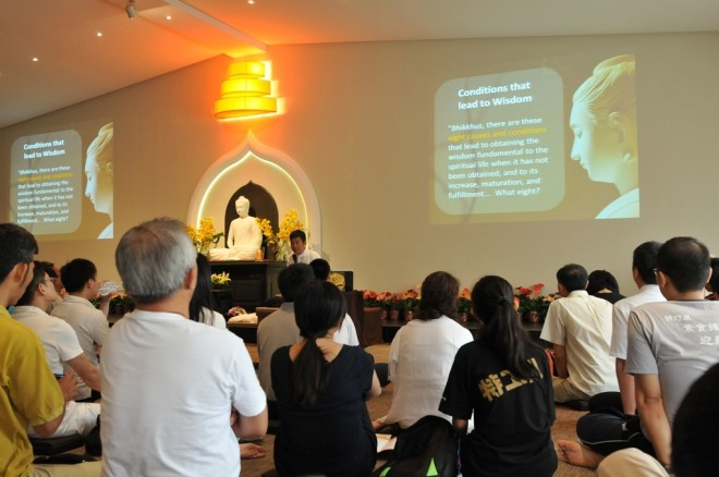 This year, Nalanda founder Bro. Tan was invited to conduct the sutta study session.