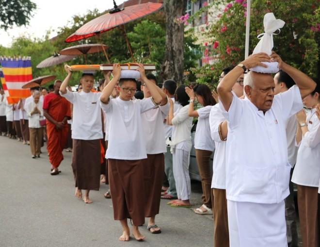 Buddha-Relic Procession.
