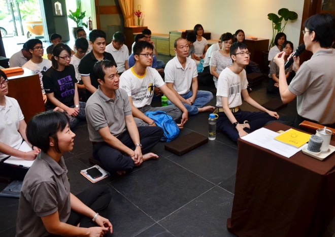 Santī Cheang gave two illuminating talks at Nalanda Centre on 'Brahmavihāra' .