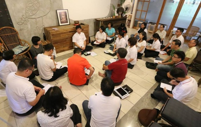 Bro. Tan teaching at the retreat.