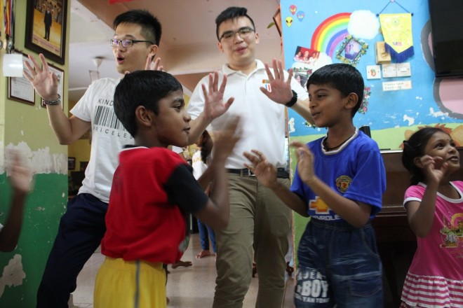 Nalandian youths had a great time with the children at Siddharthan Care Centre.