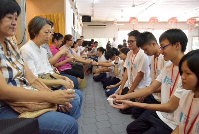 Participants concluded the camp by paying respect to their parents.