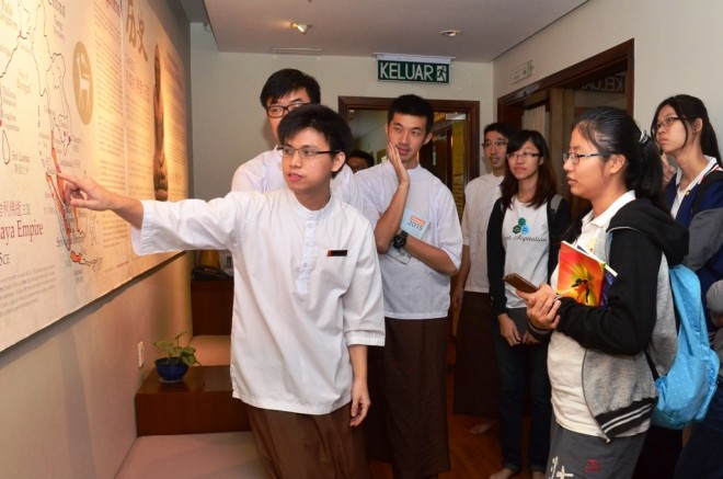 Getting to know the history of Buddhism in Malaysia.