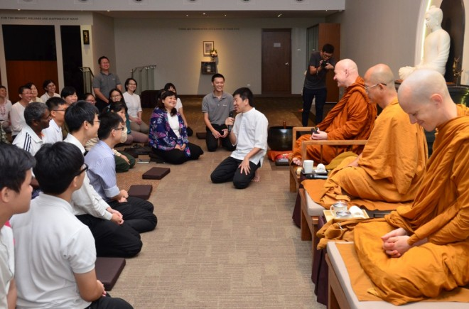 Bro. Tan thanking Ajahn for his kind visit and uplifting talk.