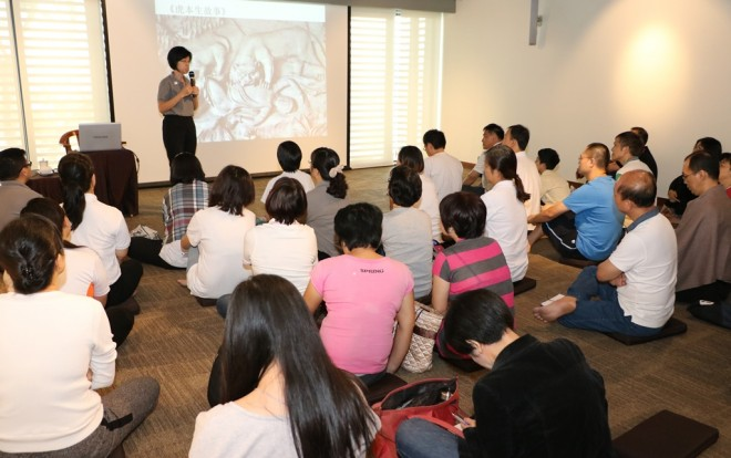 Sis. Sandy Lim gave another talk in Mandarin.