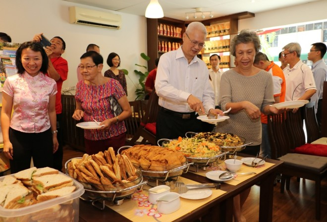 A wonderful buffet spread of vegetarian food was served at the soft opening.