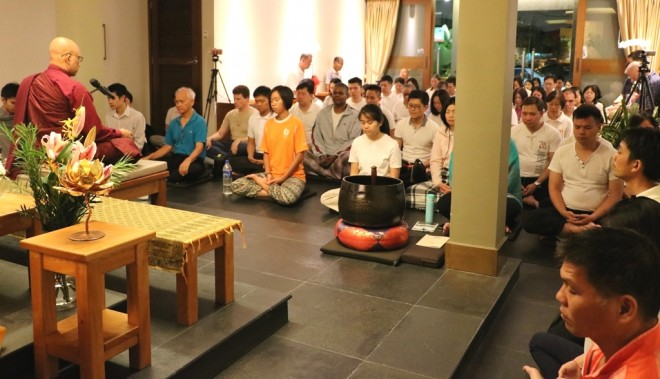 Ven. Seelananda led the weekly meditation session and gave a Dhamma talk on 22 March.