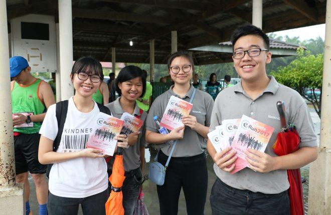 Nalandian youths promoting e-Run 2017 at a recent public event.