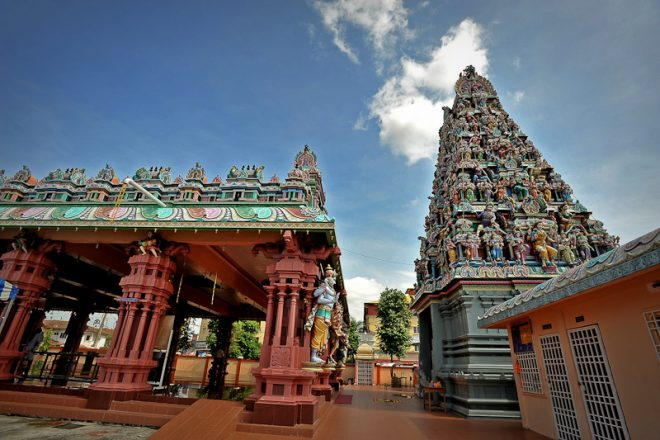 A beautiful Hindu temple in Selangor.