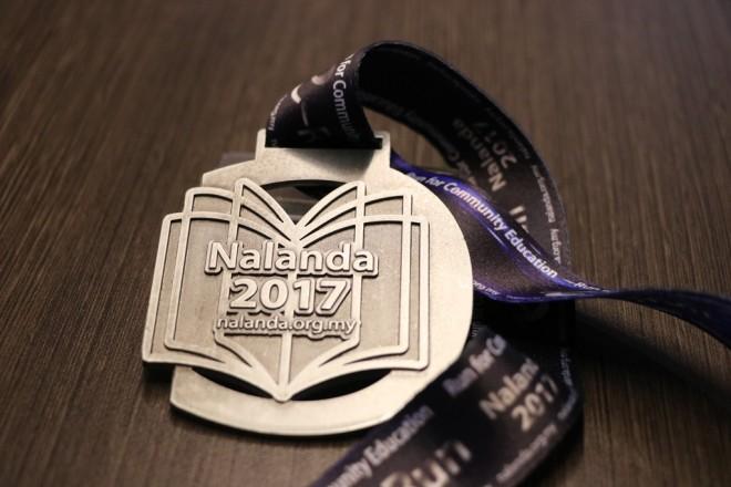 A high-quality medal for finishers of Nalanda e-Run 2017.