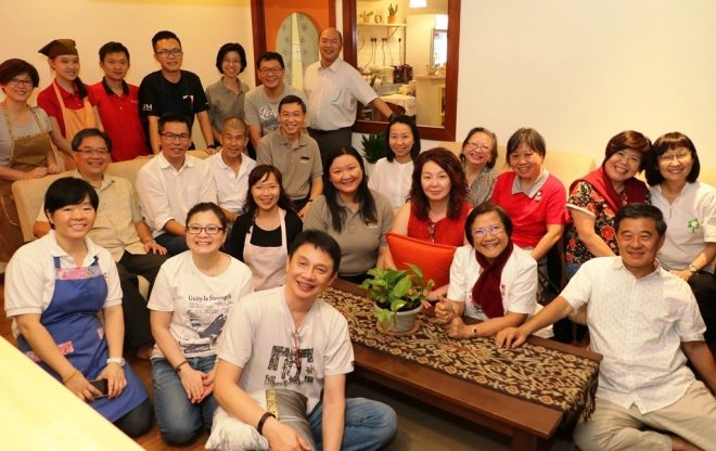 Our friends from Singaporean were hosted to dinner at Nalanda Book Café.