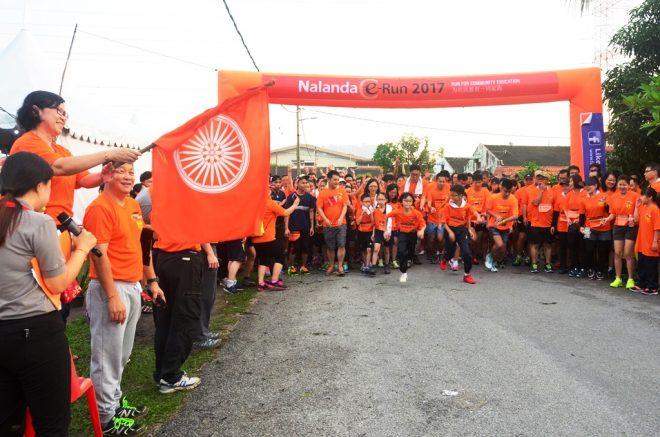 Flag-off by Nalanda President Sis. Evelyn Chow.