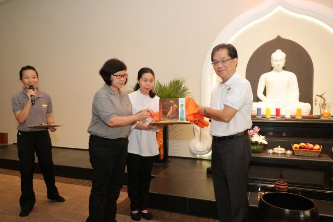 Achariya Tan Siang Chye (right) launched the books on 10 May.