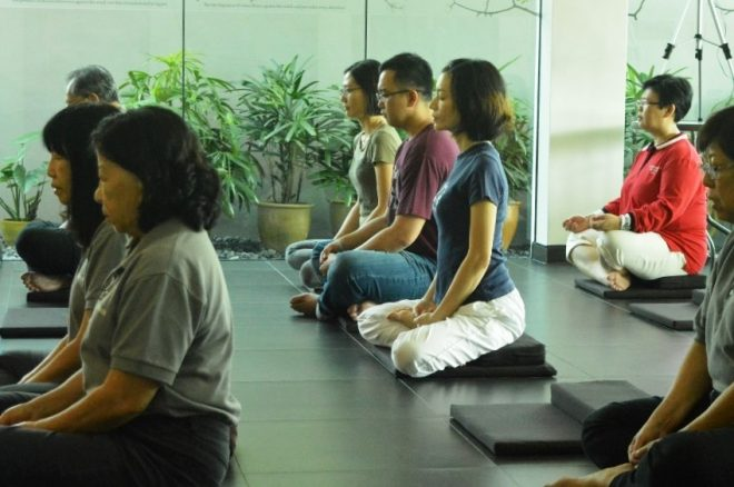 The Saturday morning service begins with meditation to calm our minds.