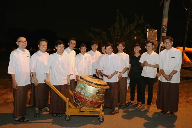 Bro. Tan and Nalandians officers posing with the drum ensemble team.