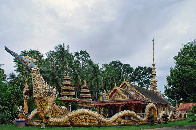 Wat Mai Suwankhiri in Tumpat.